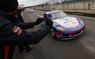 Ian Duggan WIN'S the Ginetta GT5 Am title